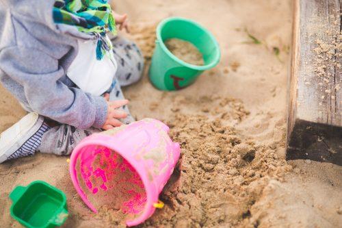 Stop Larang Anak! Fasilitasi Anak Dengan Metode Montessori